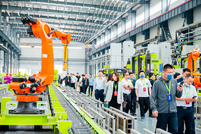 The smart tower crane factory of Zoomlion, located in Changde City of Hunan, central China.