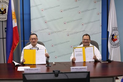 Undersecretary Brigido. J. Dulay and Acting Assistant Secretary Senen T. Mangalile from The Republic of Philippines Department of Foreign Affairs at the signing of the contract with VFS Global via a virtual event for ePassport Renewal services extension to nine new countries.
